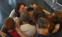 15_some_of_the_participants_hugging_chandrika_out_of_gratitude_for_the_samasati_meditation.jpg