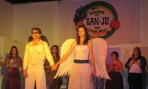 27_the_tan-ju_angels_start_the_show.jpg